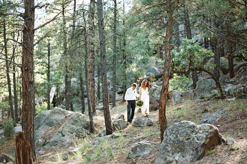 0015_Nathan+Amber_Fine_Art_Film_Photographer_Destination_Colorado_Wedding-980x650
